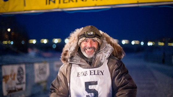 Yukon-Quest-5-arrivee-Fairbanks-19-fevrier-2015-Julien-Schroeder